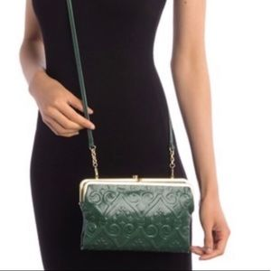NWT HOBO Leanne Crossbody Clutch Wallet Bag  green